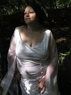 She provides 30 minute Private Wicca 101 classes via Skype - Awesome! http://tidd.ly/4dd10bf6