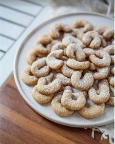 Schudnúť počas Vianoc? Naozaj sa to dá? - Akčné ženy Cereal, Cookies, Breakfast, Desserts, Food, Crack Crackers, Morning Coffee, Tailgate Desserts, Deserts