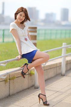 Beautiful Young Lady, Beautiful Asian Women, Burmese Girls, Teen Girl Poses, Girls In Mini Skirts, Asian Model Girl, Leg Pictures, Asian Hotties, China Girl