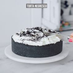 This is the ultimate vegan chocolate cake recipe. It is richly chocolatey, has a moist and tender crumb and is perfect for all of your chocolate cake needs! Easy Cookie Recipes, Sweet Recipes, Cake Recipes, Dessert Recipes, Köstliche Desserts, Delicious Desserts, Yummy Food, Diy Food, No Cook Meals