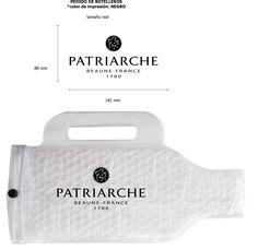 Otro cliente que ha confiado en Bottelo es Patriarche, ¡así ha quedado su funda personalizada!