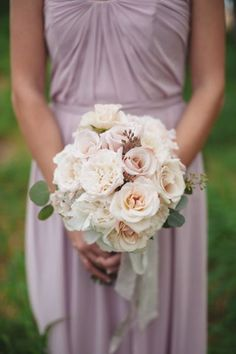 Wedding Bouquets Inspiration : Peach bouquet: www.stylemepretty   Photography: AMERIS  www.ameris.ca/