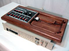 Synth with ipod dock