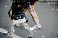 Le / Before Balmain Balmain Paris, Paris Street, Catwalk, Outfit Of The Day, Cool Style, Street Style, Bags, Paris Fashion, Eyewear