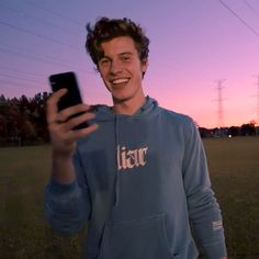 Shawn Mendes Cute, Shawn Mendes Imagines, Shawn Mendes Merch, Fangirl, Shawn Mendas, Chon Mendes, Shawn Mendes Wallpaper, Babe, Celebs