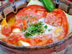 Рецепта за Сирене по шопски в гювече - начин на приготвяне, калории, хранителни факти, подобни рецепти
