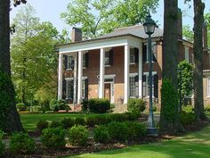 Coby Hall at the University of North Alabama. My venue! Ceremony will be on the back steps.
