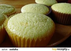 citronové muffiny - My site Cap Cake, Oreo Cupcakes, Muffin Recipes, Sweet Recipes, Food And Drink, Dessert Recipes, Cooking Recipes, Cookies, Baking