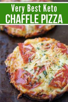 Best Keto Pizza Chaffle The Very Best Keto Chaffle Pizza is topped with mouthwatering mozzarella cheese, tomato sauce, and delicious toppings. - The Best Keto Pizza Chaffle Recipe Low Carb Marinara, Low Carb Sauces, Marinara Sauce, Pizza Recipe Keto, Pizza Recipes, Easy Recipes, Skillet Recipes, Keto Pizza Sauce, Best Low Carb Recipes