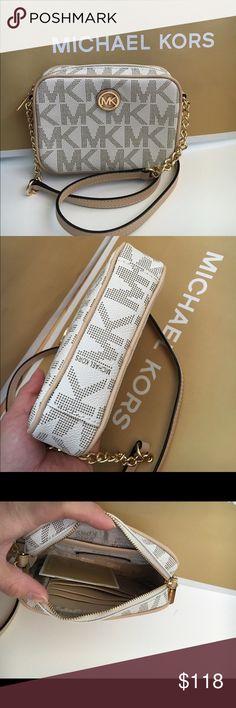 MK crossbody vanilla Authenic brand new MK signature . small size Michael Kors Bags Crossbody Bags