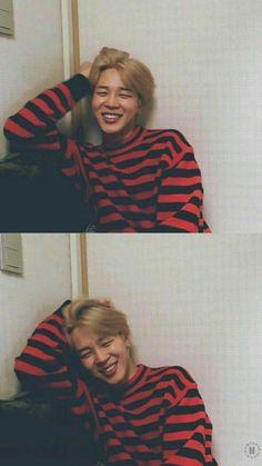 jimin ~ bts ~ kpop ~ korea ----------------------------------------He's very cuuuuute😍 Park Ji Min, Taehyung, Namjoon, Bts Jimin, Bts Bangtan Boy, Bts Aegyo, Yoonmin, Foto Bts, Jikook