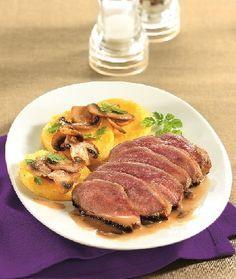 Filet de canard poêlée de cèpes et galettes de polenta
