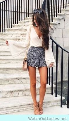Sexy printed shorts with bell sleeves blouse and nude heels for longer legs