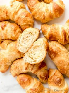 Homemade croissants for the perfect breakfast or brunch. Making Croissants, Homemade Croissants, Brunch Recipes, Breakfast Recipes, Bread Recipes, Homemade Crescent Rolls, How To Make Waffles, Croissant Recipe, Thing 1