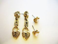 Lovely Vintage Pearl & Heart lock Post by SophiaMariaDesigns Etsy Shop Names, My Etsy Shop, Victorian Design, Vintage Pearls, Belly Button Rings, Pearl Earrings, Trending Outfits, Heart, Unique Jewelry
