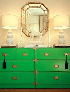 Emerald decor that you could create yourself using the Amy Howard At Home Lacquer in Easton Green