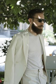 The Ultimate Guide on How to Become a Well-Dressed Man - Fashionably Male