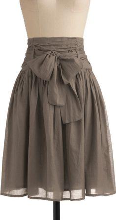 In Tandem Skirt in Olive stylish-duds Pretty Outfits, Cute Outfits, Cute Skirts, Maxi Skirts, Mode Inspiration, Vintage Skirt, Dress Skirt, Bow Skirt, Gray Skirt