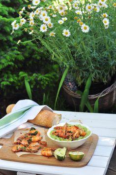Smażone krewetki w pancerzach z domowym guacamole - Make Cooking Easier