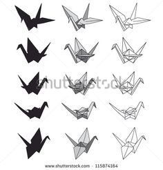 Set of paper cranes on white. Origami in vector - stock vector pour faire part IMG
