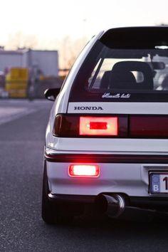 Honda Civic Hatchback, Honda Crx, Civic Sedan, Honda Civic Si, Honda Accord Custom, Classic Japanese Cars, Classic Cars, Civic Ef, Toyota Vios