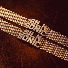 "Bruno Mars on Instagram: ""✨ @1929galore got these diamonds DANCIN for our big week! let the countdown begin ⏰ ✨ Thanks T! #SilkSonic"" Bruno Mars, Diamonds, Marketing, Big, Instagram, Jewelry, Jewlery, Jewerly, Schmuck"