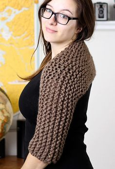 Free Knitting Pattern for Easy Claire's Shrug - This easy garter stitch shrug is inspired by the shrug that Claire wears in Outlander season one. Knit in one piece in garter stitch and seamed. Designed by Cassidy EarthtasticKnits. Quick knit in super bulky yarn.