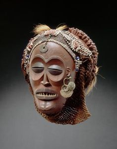 Chokwe pwo mask. Royal Museum for Central Africa