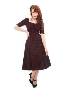 Vínové šaty se sametovým vzorem Collectif Doll