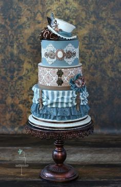 Steampunk cake - Cake by Tamara - For all your cake decorating supplies, please visit craftcompany.co.uk