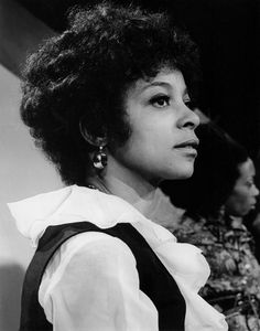Ruby Dee. She's giving me Debbie Allen in this pic. And, I'm loving her softly curled 'fro, too.