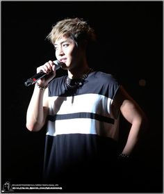 awesome Kim Hyun Joong WORLD TOUR 夢幻 (몽환) IN Osaka, JAPAN (5/8/2014) (HD photo)