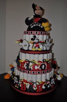 Mickey red and black diaper bag cake Disney Diaper Cake, Diaper Cake Boy, Baby Boy Cakes, Nappy Cakes, Diaper Bag, Baby Shower Diapers, Baby Shower Cakes, Baby Shower Parties, Baby Shower Themes