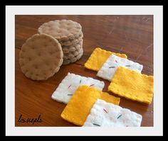 Felt Crackers and Cheese Set