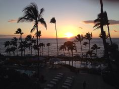 Where to watch the sunset on Maui: Migrant @ Wailea Beach Marriott  Be Happy hour runs 4-6pm in the bar/lounge area only.   Kitchen is helmed by top chef fan favorite Sheldon Simeon (season 10)