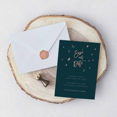 We're loving this celestial themed save the date! | Navy Gold Save the Date | Moon and Stars Save the Date | Celestial Wedding Theme | Starry Wedding Ideas | Wedding Stationery | Star Themed Wedding | #savethedate #weddingstationery #celestial