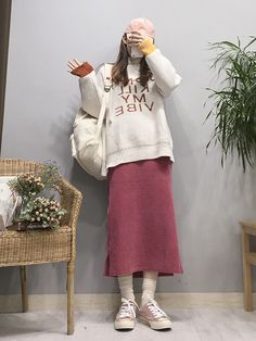 Check Out These Awesome korean fashion ideas 4319 Korean Street Fashion, Korea Fashion, Asian Fashion, Teen Fashion, Womens Fashion, Grunge Style, Soft Grunge, Ulzzang Fashion, Hijab Fashion