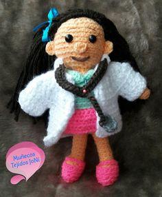 Doctora #doctora #amigurumi #amigurumis #muñecostejidos #muñecostejidosjoni #tejido #tejiendo #tejiendoamano #hechoamano #Ecuador #Quito #tejidocrochet #tejidos #lana #tejiendoamano