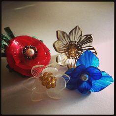 花のプラバンブローチ4種  #shrinkplastic #flower #brooch #shrinkydinks #プラバン #プラ板 #ハンドメイド #handmade #craft