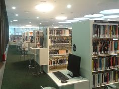 Biblioteca Municipal de Lloret de Mar - Primera Planta #Bibliolloret