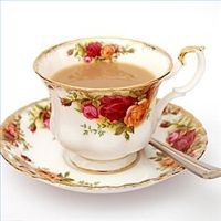 This was my favorite china pattern when I was a teenager.   Old country rose.   I still think it's pretty