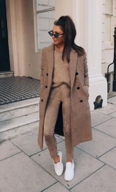 winter outfits office All beige outfit - winteroutfits Casual Winter Outfits, Winter Fashion Outfits, Look Fashion, Autumn Winter Fashion, Trendy Outfits, Fall Outfits, Womens Fashion, Winter Ootd, Zara Fashion