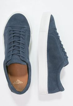Royal RepubliQ SPARTACUS - Trainers - navy for £114.99 (23/09/16) with free delivery at Zalando