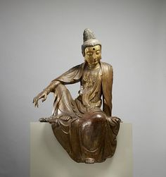 This late Ming dynasty dry-lacquer sculpture is an image of the bodhisattva Guanyin, an enlightened being venerated in Chinese Buddhism as an embodiment of. Chinese Buddhism, Buddha Buddhism, Chakra, Zen, Buddhist Teachings, Les Themes, Guanyin, Museum Collection, Gods And Goddesses