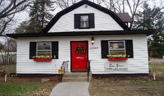 Les Junc ~ Zimmerman, MN.   Another occasional sale I love to frequent!