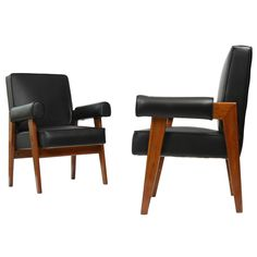 "Set of Two ""Avocat"" Armchairs by Pierre Jeanneret 