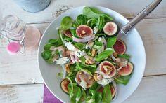 Inspirez-vous de ces 15 idées de salades avec des noix ou créez la votre pour un repas complet et équilibré! Diabetic Menu, Party Finger Foods, Cooking Recipes, Healthy Recipes, Lentils, Pesto, Entrees, Potato Salad, Food And Drink