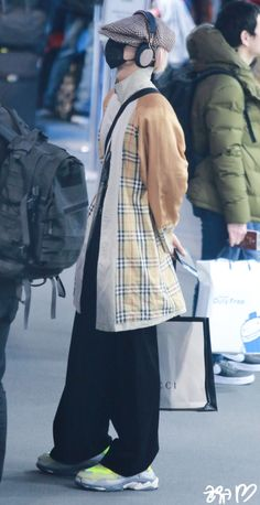 Airport Fashion, Kpop Fashion, Japan Fashion, Airport Style, Mens Fashion, Minho Winner, Song Minho, Best Kpop, Cool Style