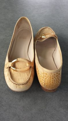 estate auction Stuart Weitzman reptile shoes size 9 M #StuartWeitzman #loafers