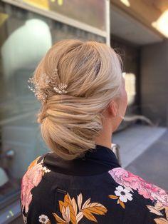 #updo #bridalhair #bride #weddinghair #texturedupdo #hairdo #promhair #lowbun #bun #nuttura #kampaus #hääkampaus #morsian #morsiuskampaus Prom Hair, Updos, Bridal Hair, Wedding Hairstyles, Bride, Fashion, Up Dos, Wedding Bride, Moda